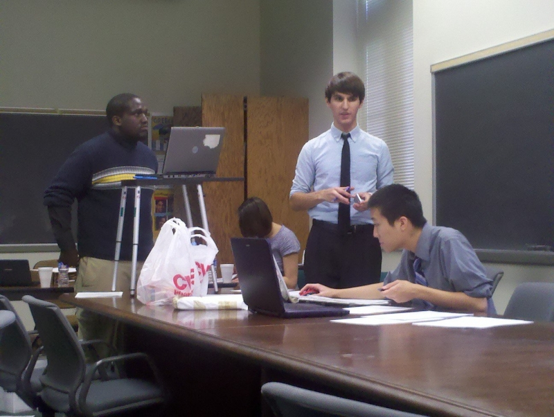 Sean Hernandez and Nate Wong debating (2011)